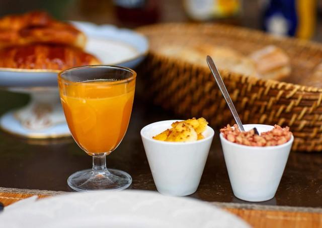 Breakfast at Madden's