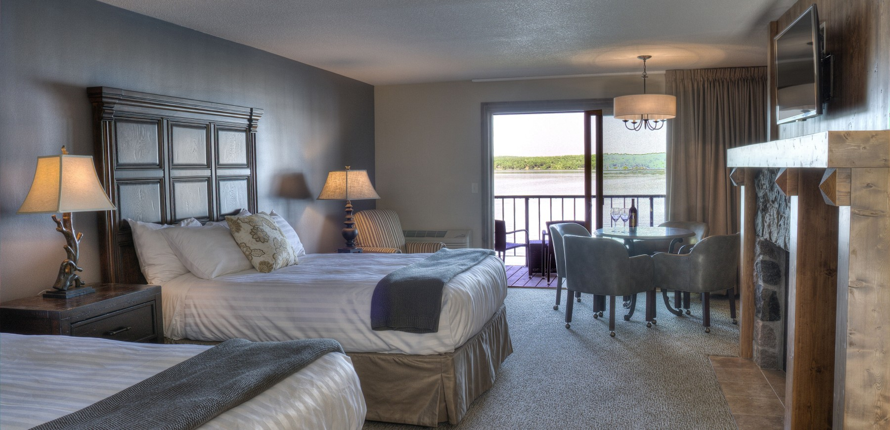 Guest room featuring two beds at Madden's on Gull Lake
