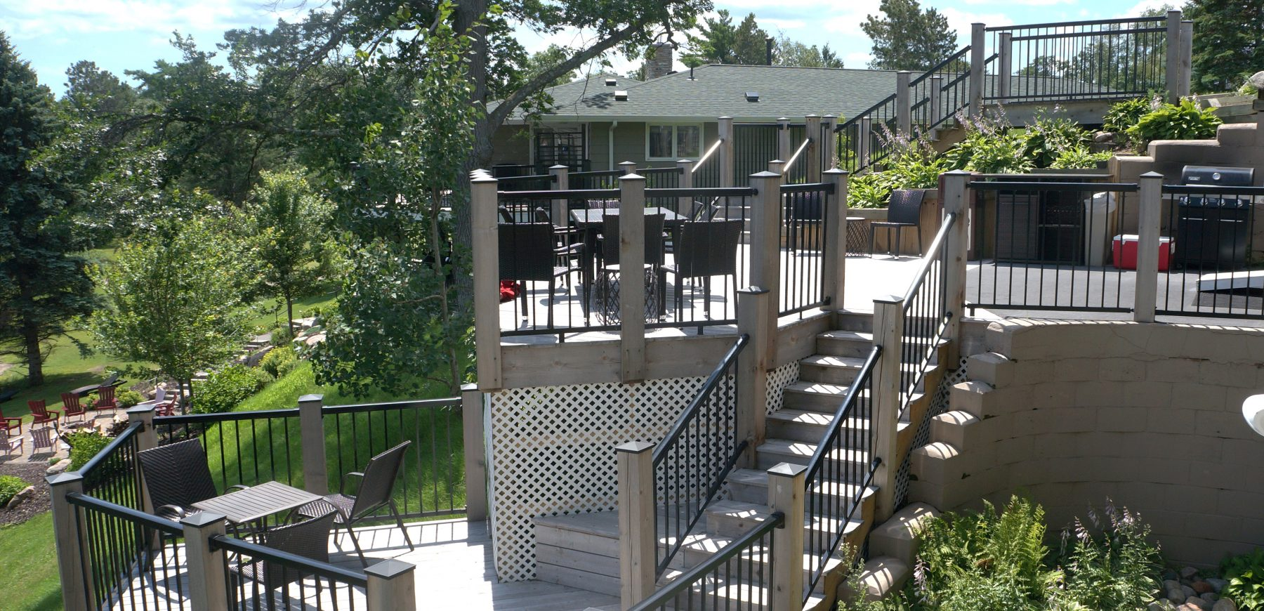 Lake House Ext Double Level Deck