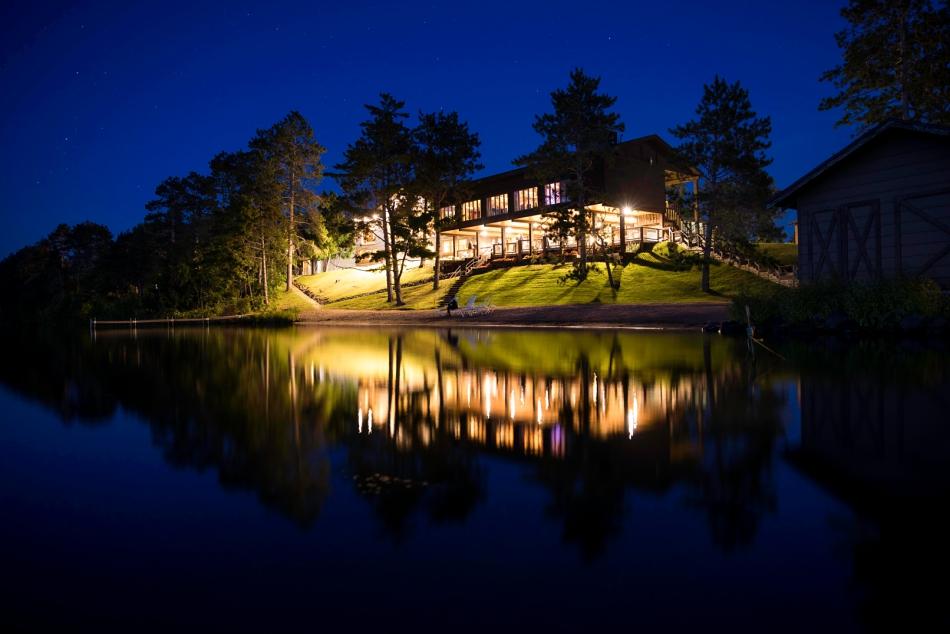 Wilson Bay Lodge at Night