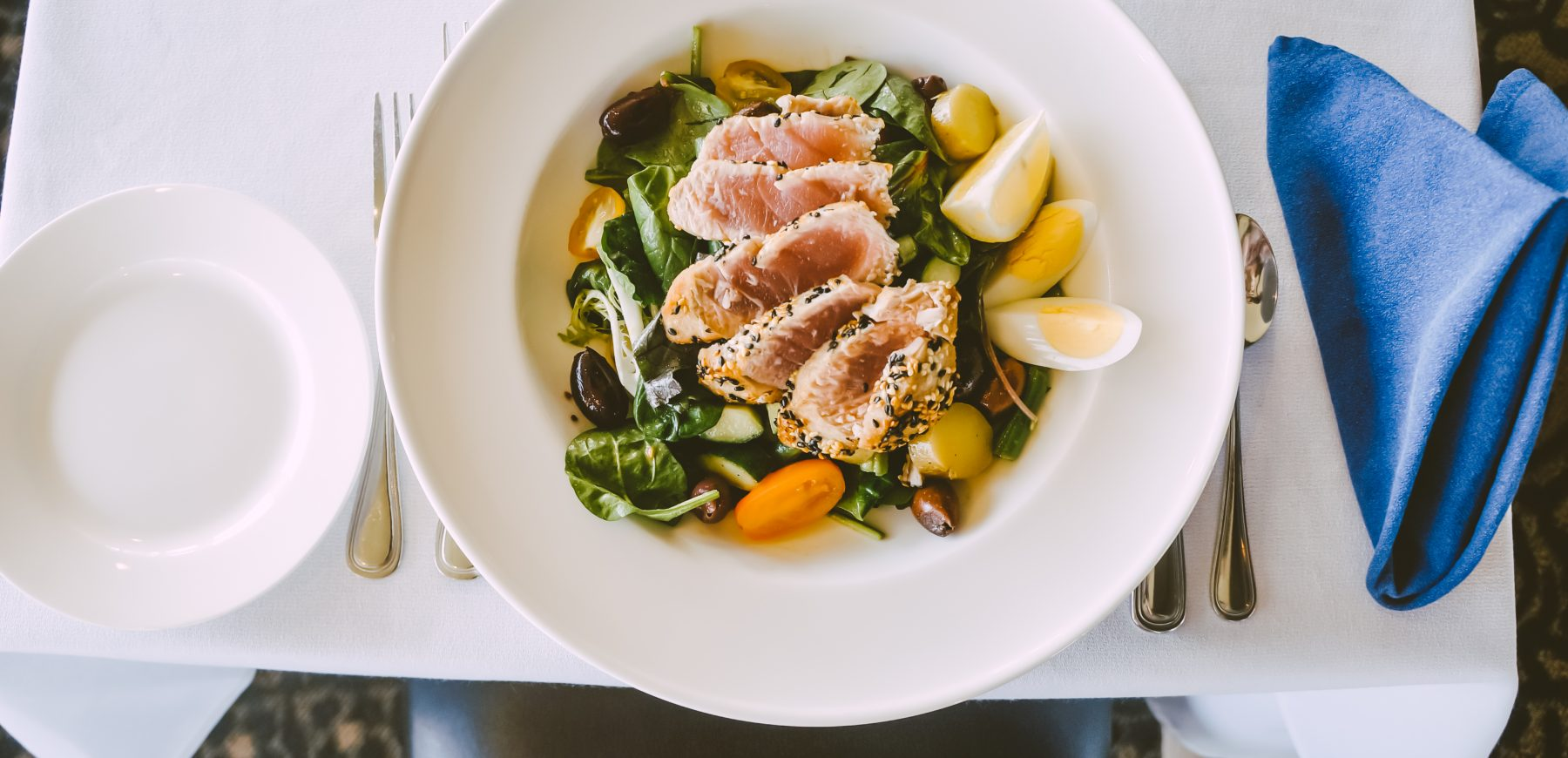 tuna nicoise salad at mission point